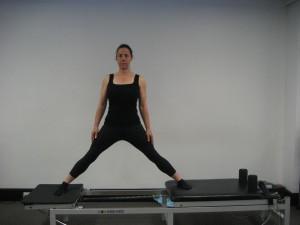 standing split series